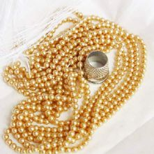 Preciosa Gold Pearl Beads in 2 Sizes